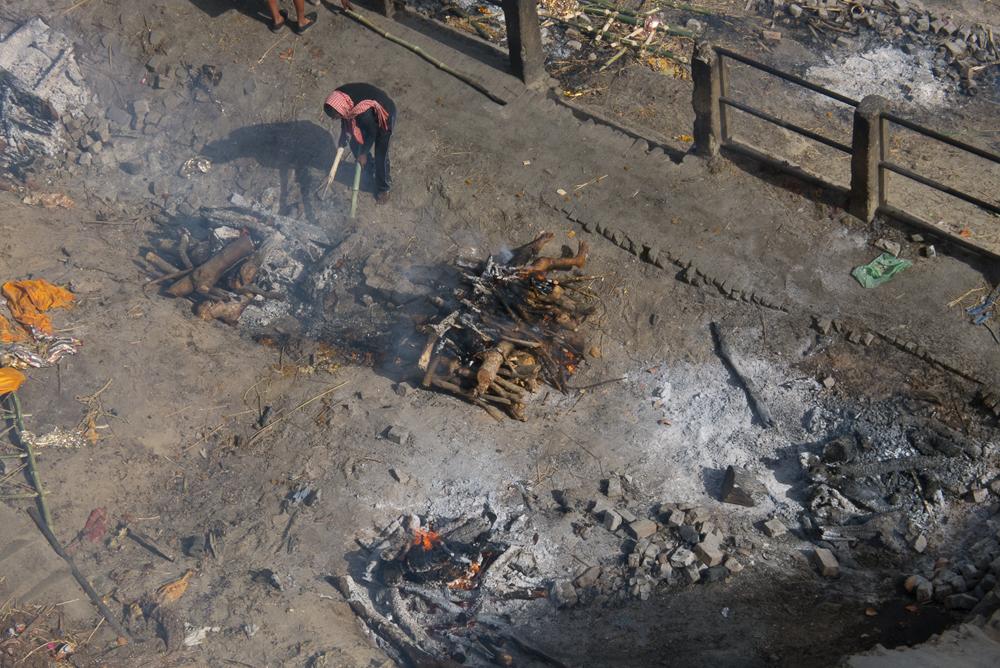 IN_Varanasi_Manikarnika_Cremation_Ghat_52